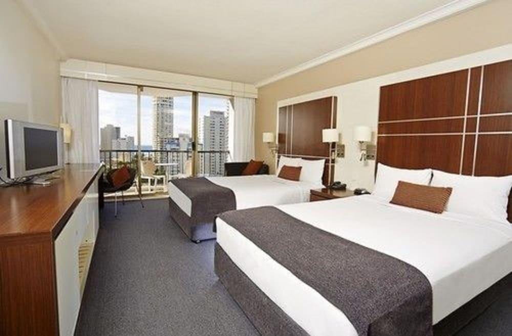 만트라 온 뷰 호텔(Mantra on View Hotel) Hotel Image 3 - Guestroom