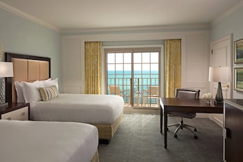 Club Room, 2 Double Beds (Gulf View, High Floor)