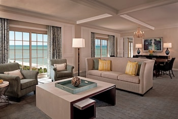 Royal Suite, 3 Bedrooms, Balcony (Gulf View)
