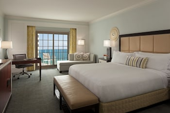 Club Room, 1 King Bed, View (High Floor)