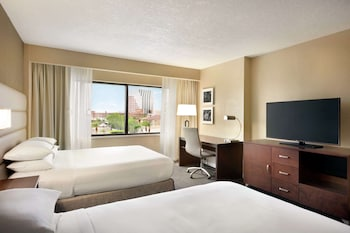 Room, 2 Queen Beds, Accessible, View (Roll-In Shower)