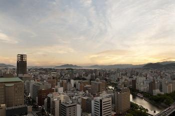 CROWNE PLAZA ANA HIROSHIMA Exterior