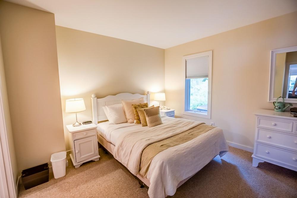 Room (Resort Home 609A)