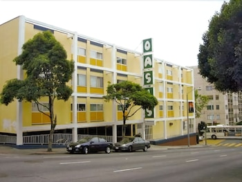 Hotel - Oasis Inn