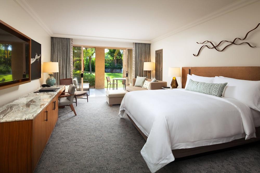 Grand Room, 1 King Bed (Grand Deluxe Casita Fire)