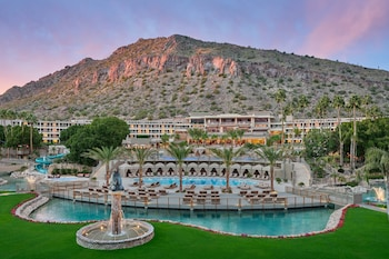 斯科茨代爾腓尼基豪華精選渡假村 The Phoenician, a Luxury Collection Resort, Scottsdale
