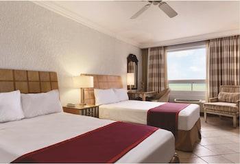 Room, 2 Double Beds, Non Smoking, Ocean View