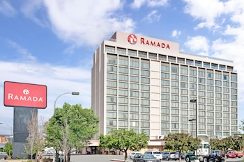Hotel - Ramada by Wyndham Reno Hotel and Casino