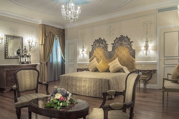 Presidential Suite, 1 King Bed, Non Smoking, Terrace (View)
