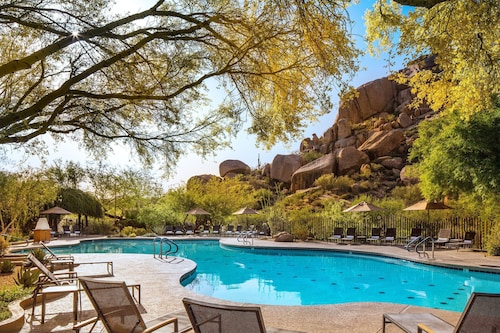 . Boulders Resort & Spa Scottsdale, Curio Collection by Hilton