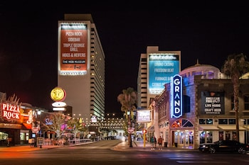 Downtown Grand Las Vegas Image
