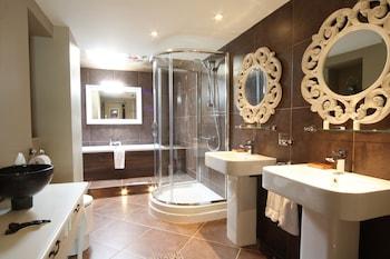 The Wensleydale Heifer - Bathroom  - #0
