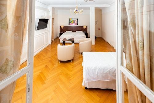 . J5 Hotels Helvetie Montreux