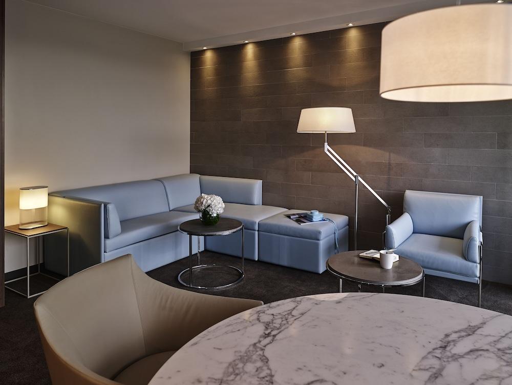 호텔이미지_Living Area