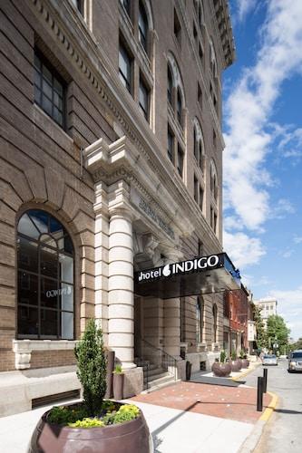 . Hotel Indigo Baltimore Downtown