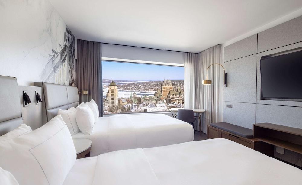 https://i.travelapi.com/hotels/1000000/20000/11000/10930/205d130d_z.jpg