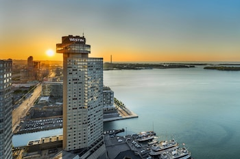 Hotel - The Westin Harbour Castle, Toronto