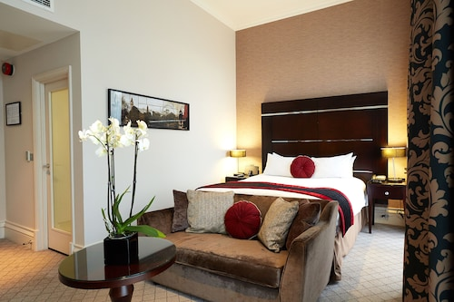 The Grosvenor Hotel, London
