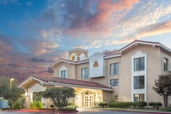 Hotel - Super 8 by Wyndham Austell/Six Flags