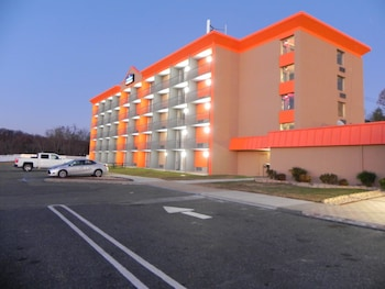 Hotel - Howard Johnson by Wyndham Lexington