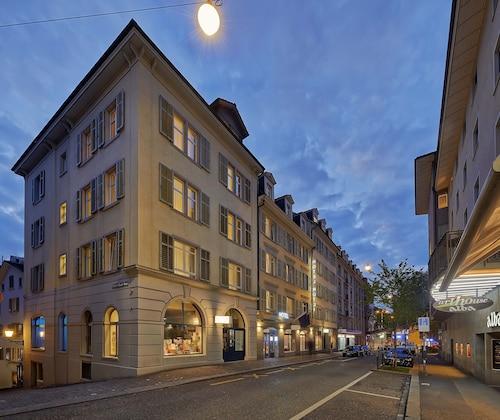Zurych - Sorell Hotel Rütli - ze Szczecina, 5 kwietnia 2021, 3 noce