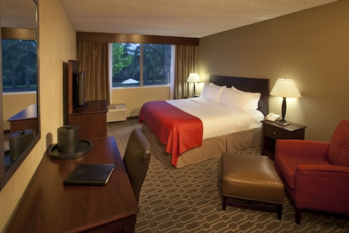 Holiday Inn Seattle-Issaquah, King