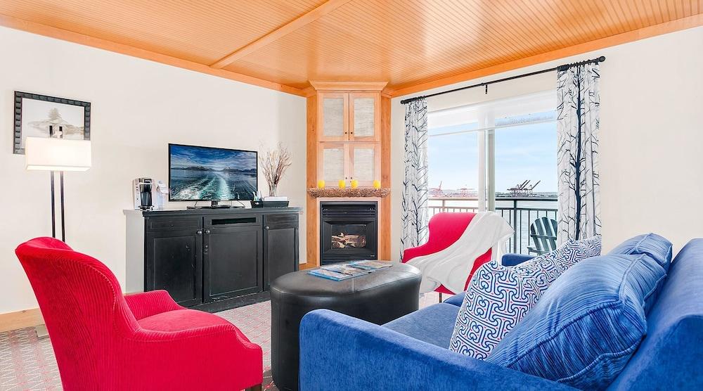 Suite, 1 Bedroom (Cityside)
