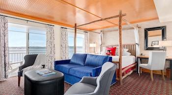 Junior Suite (Waterfront Junior Suite)