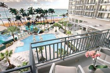 Room, 2 Double Beds, Ocean View, Corner (Corner Cabana)