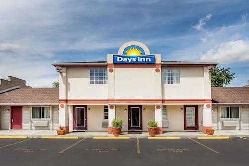 . Days Inn by Wyndham Plymouth