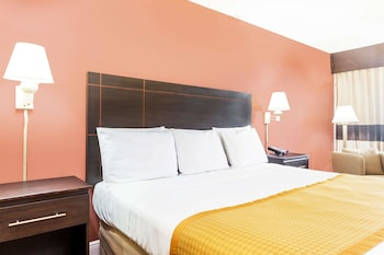 Days Inn by Wyndham Fort Lauderdale-Oakland Park Airport N