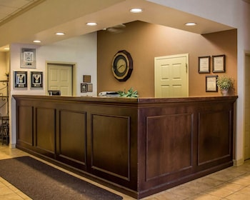 Mansfield Vacations - Quality Inn & Suites North - Property Image 1