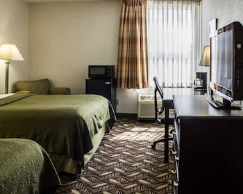 Standard Double Room, 2 Double Beds, Smoking