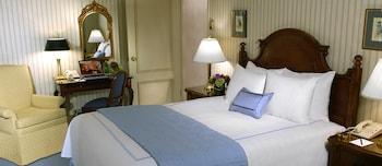 Deluxe Room, 1 Queen Bed, Accessible