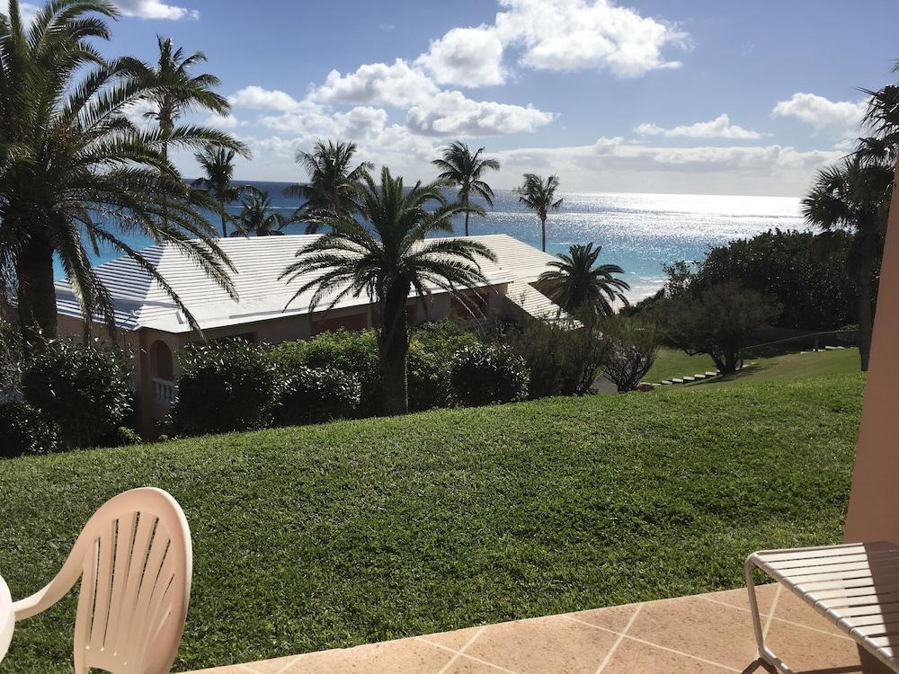 코코 리프 버뮤다(Coco Reef Bermuda) Hotel Image 0 - Featured Image
