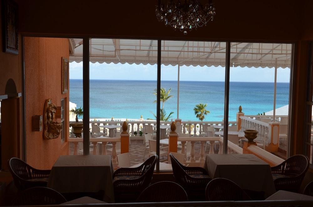 코코 리프 버뮤다(Coco Reef Bermuda) Hotel Image 23 - Hotel Lounge
