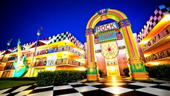 Hotel - Disney's All-Star Music Resort