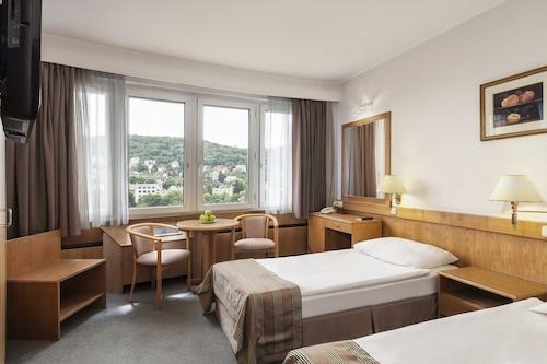 Budapeszt - Danubius Hotel Budapest - ze Szczecina, 7 kwietnia 2021, 3 noce