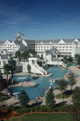 Disney's Yacht Club Resort image 23