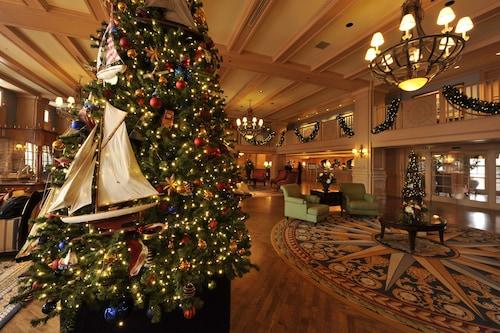 Disney's Yacht Club Resort image 21