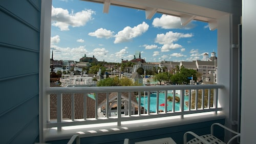 Disney's Yacht Club Resort image 36