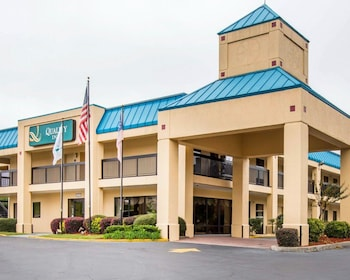 Hotel - Quality Inn near Six Flags