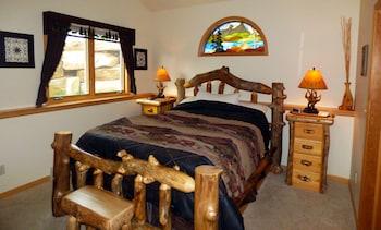 2 Bedroom Residence 305