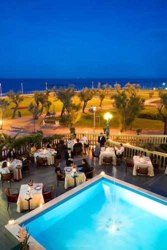 . Grand Hotel Vittoria