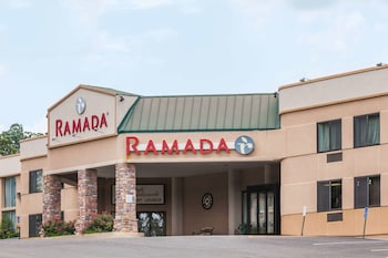 Hotel - Ramada by Wyndham Newburgh/West Point