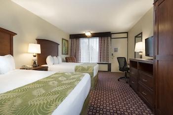 Guestroom at Rosen Inn International in Orlando