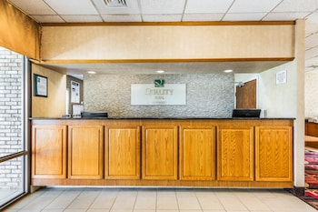 Easton Vacations - Quality Inn - Property Image 1