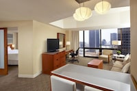 Suite, 1 Bedroom, City View