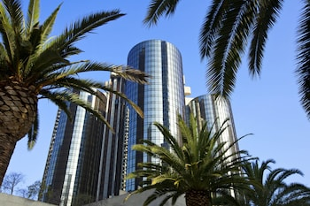 The Westin Bonaventure Hotel and Suites, Los Angeles