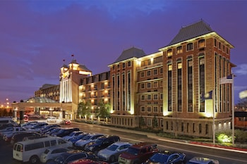 路易斯維爾皇冠假日飯店 Crowne Plaza Louisville Airport Expo Center, an IHG Hotel